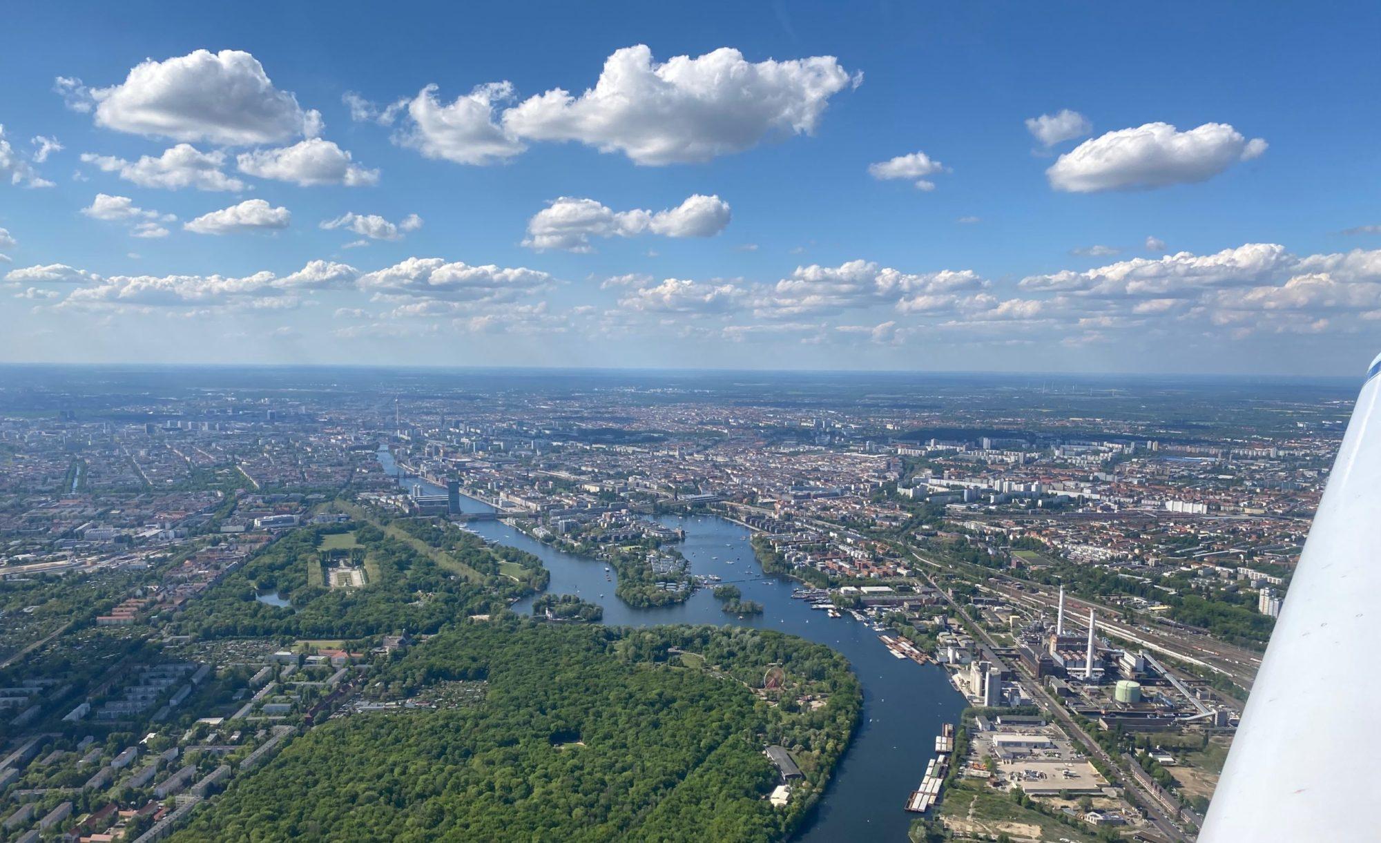 Rundflüge über Berlin und Brandenburg